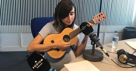 Zahara toca en La Redada la canción 'Evolution', de Mercromina